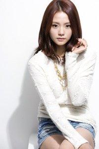 Kim_Hye-Ji_-_1992-p1
